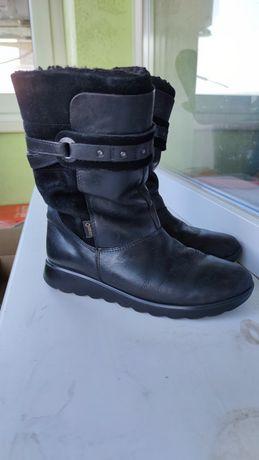 Зимние кожаные ботинки ecco