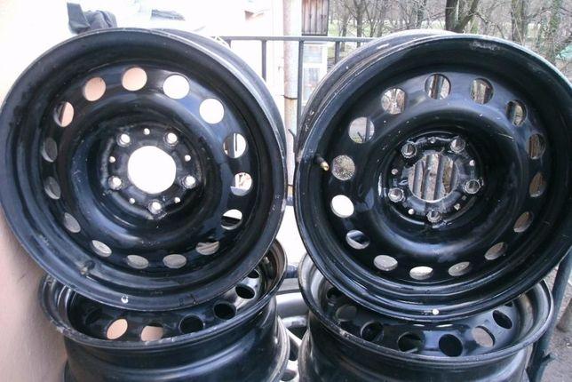 Продам оригинальные штампованные диски BMW r15