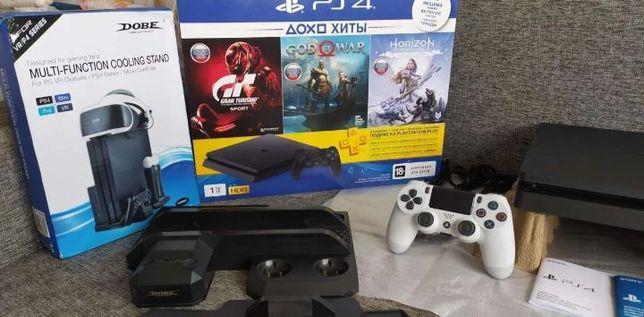 Продам Sony PlayStation 4 slim с дисками