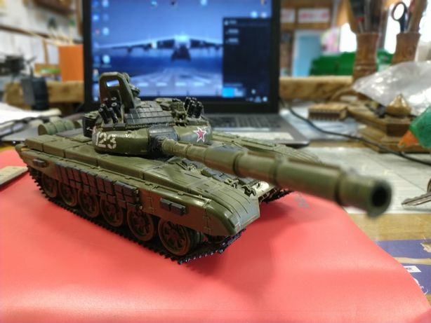 Модель танка Т-72