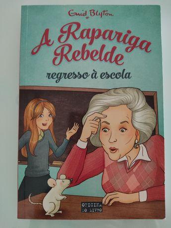 "Livro ""A Rapariga Rebelde Regresso à Escola (Volume 2)"""