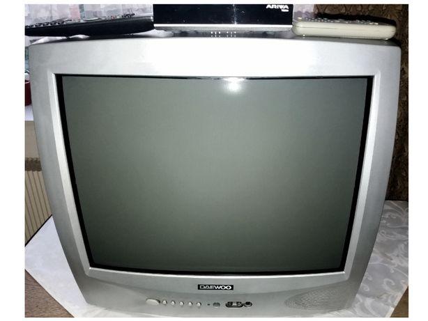 Telewizor Daewoo 21'' K21V4NT +dekoder Ferguson Ariva T650i + 2x pilot