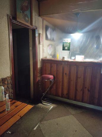 Продам кафе на Днепровском рынке или обмен на 1-но комнатную квартиру.