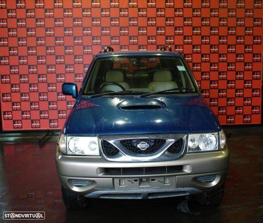 Viatura para PEÇAS Nissan Terrano II 2.7 TD 00´