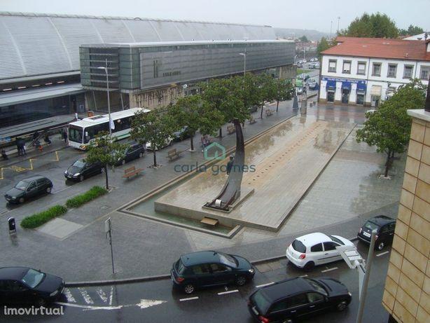 Apartamento T2 em frente à Estação Ferroviária de Ermesinde