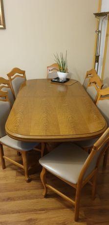 Stół drewniany z 8 krzesłami