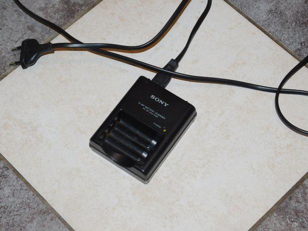 Ładowarka do akumulatorów baterii AA AAA Sony BC-CS2B mikroprocesorowa