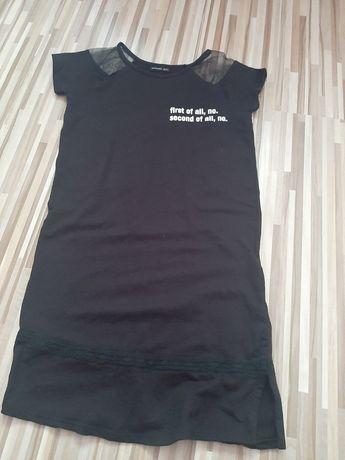 Czarna sukienka z reserved