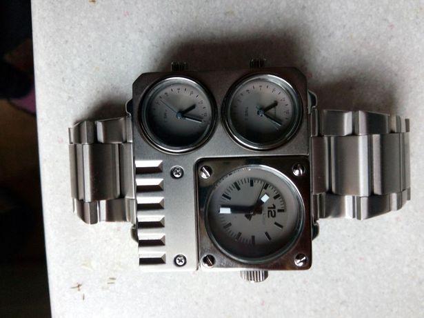 Продам часы мужские,новые 600 гр.