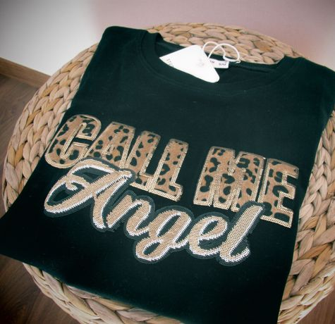 T-shirt preta lantejoulas