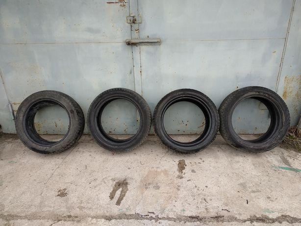 Резина  nokian 225/50 R17 4шт.