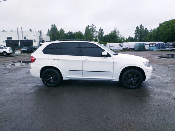 Продам BMW X5 35d