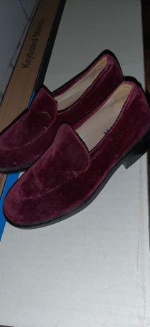 Замшевые туфли, Италия