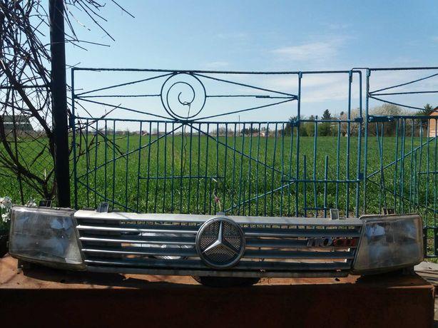 Мерседес Віто решітка радіатора і фари
