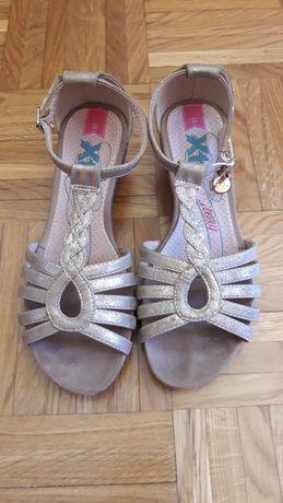 Sandálias Douradas Xti