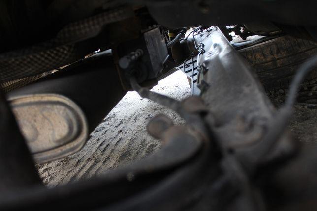 Mechanizm elekt. hamulca ręcznego Renault Laguna III rok 2008
