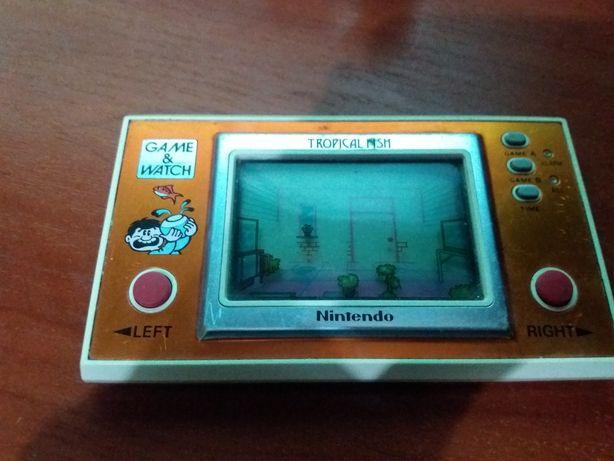 Скидка. Игра по типу ну погоди 1985г Nintendo