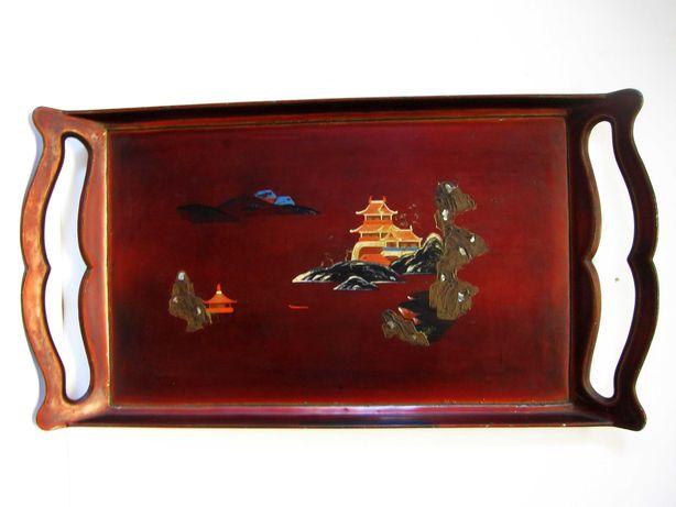 Raro antigo tabuleiro asiático em metal pintado à mão