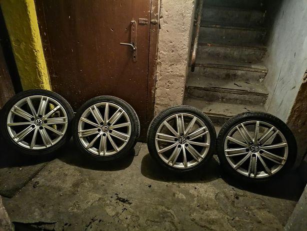 Koła aluminiowe 18'' VW  passat b6  rozstaw   5x112  opony 225/40/18