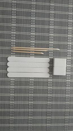 Продам набор для маникюра: 4 пилочки, 2 бафа и 3 апельсиновые палочки