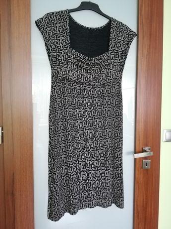 Elastyczna sukienka - roz. M