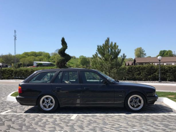 BMW e34 Touring 520I