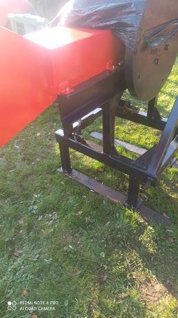 Rębak do gałęzi (traktor)