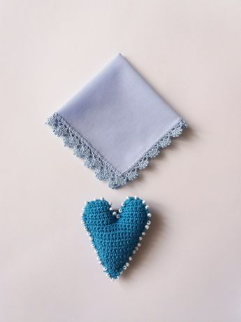 Батистовые платочки ручной работы