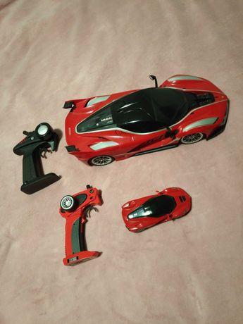 Ferrari x2 telecomandados (1/12 + 1/32)