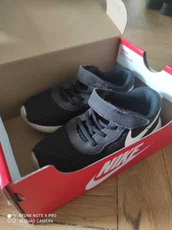 Adidasy Nike Tanjun 26