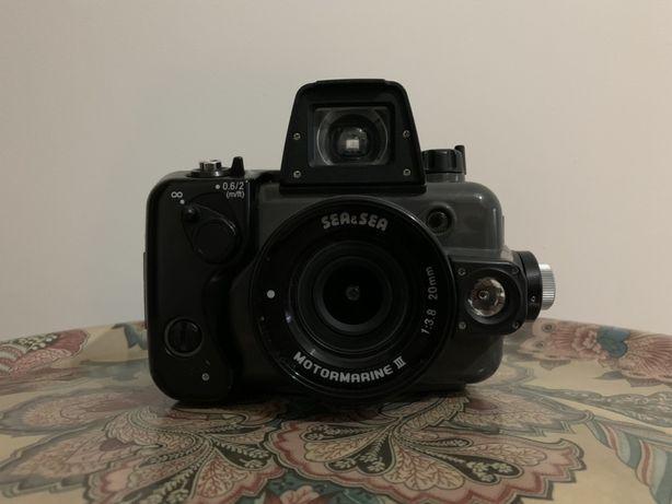 Máquina Fotográfica Sea & Sea Motormarine III