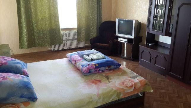 Квартира Посуточно-Почасово (ул,6декабря )