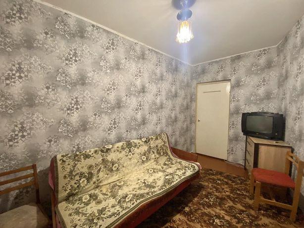 Комната без владельца. Левада !