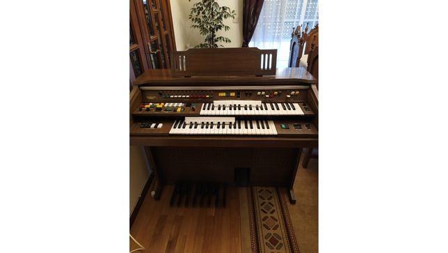 Órgão Electone Yamaha B-75N