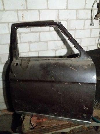 Продам дверь на Волга ГАЗ 21
