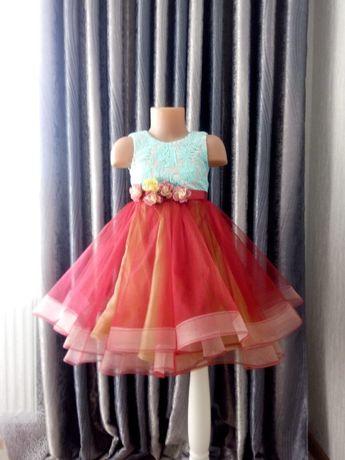 Нарядное пышное платье 3-5 лет, для девочки, красивое НОВОЕ, р.98-104