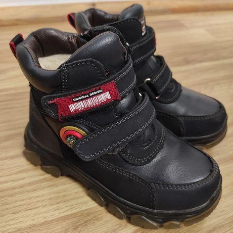 Зимові черевики для хлопчика 28р.