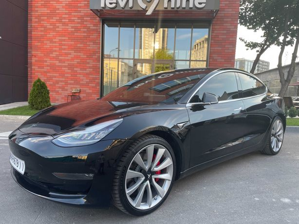 Tesla Model 3 Performance 2019