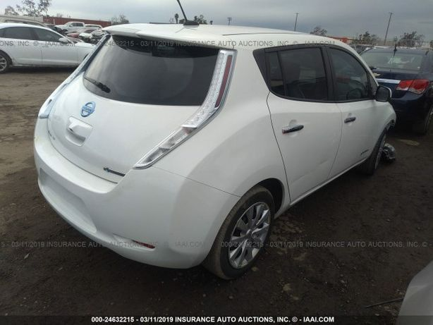 Nissan Leaf разборка запчасти лиф балка кулак крыло дверь фонарь замок