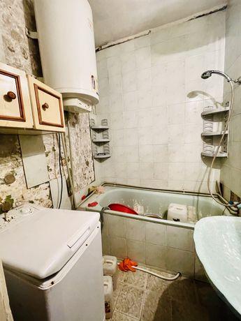 *Продам 2х видовую на кв Героев Сталинграда(р-н садика) 10500$