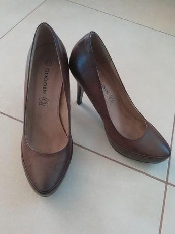 Pantofle 37