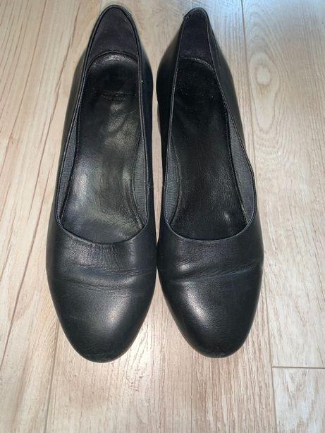 Черные кожанные туфли Vagabond