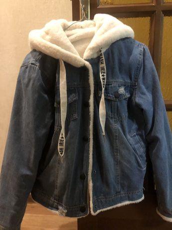 теплая джинсовка с мехом размер L