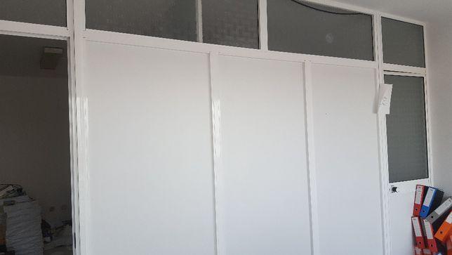 Divisórias de Escritório e Portas em Aluminio
