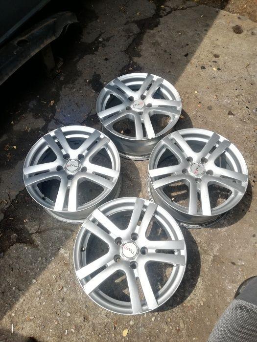 Ładne felgi aluminiowe 16 5x112 ET40 VW AUDI SEAT SKODA Mercedes