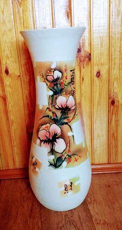 Очень красивая напольная ваза