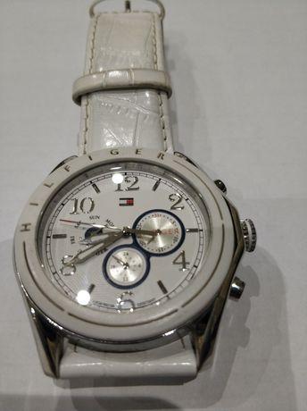 Tommy Hilfiger часы( оригинал)