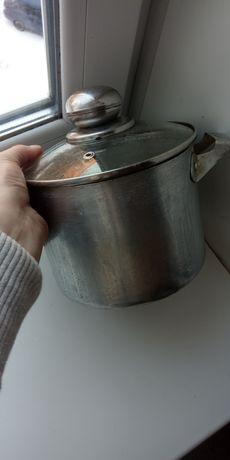 Каструля алюминиевая  по дешовке, на 2,5 литра