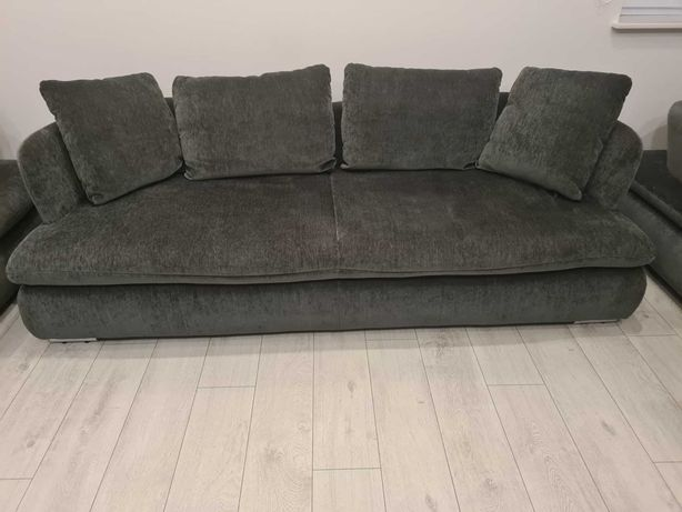 Sofa / kanapa plus dwa fotele firmy Living room