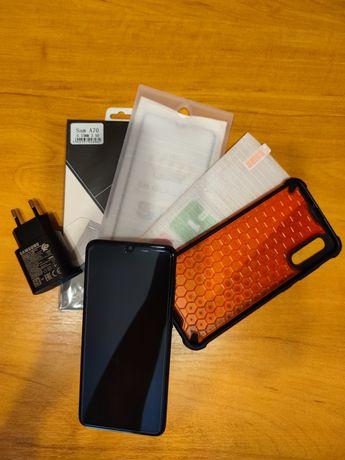 Samsung A70 (6GB/128GB) + Etui, szkła hartowane i ładowarka